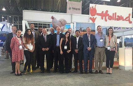 40-exitosa-participacion-de-holanda-en-expo-agrofuturo-2016.jpg