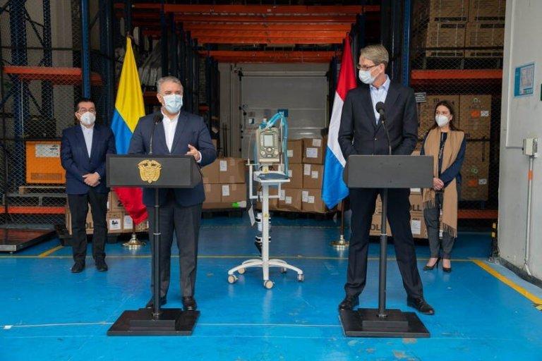 gobierno-de-los-paises-bajos-dona-a-colombia-treinta-ventiladores-portatiles.jpg
